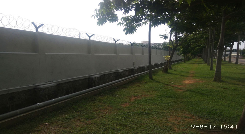Compound wall & Fencing work – BMW