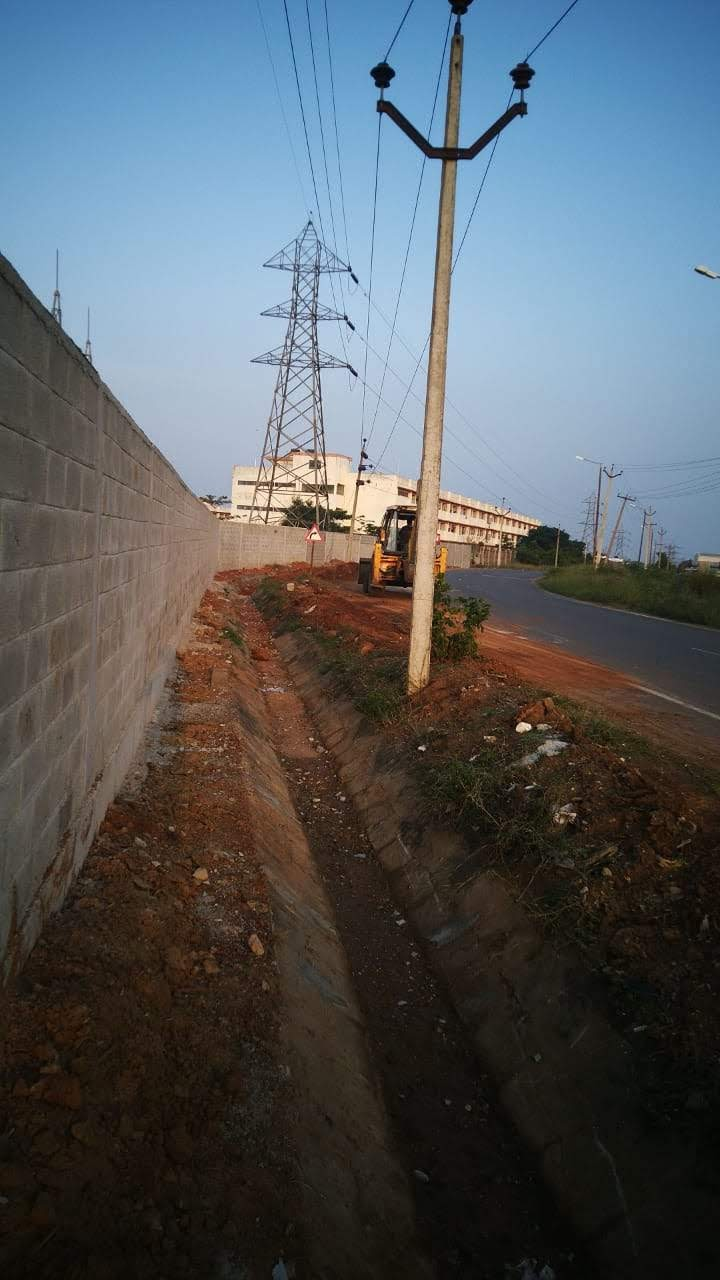 Compound wall – Foxconn